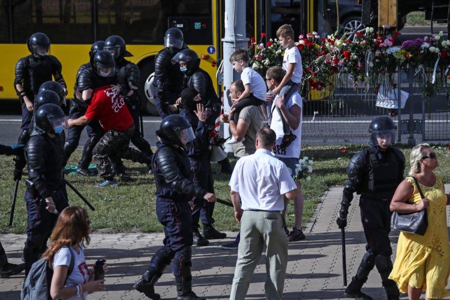 Митинги в москве картинки